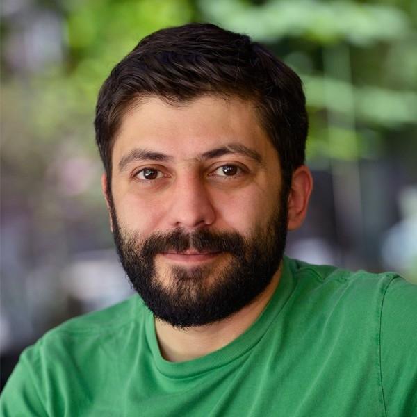 Арман Алексанян